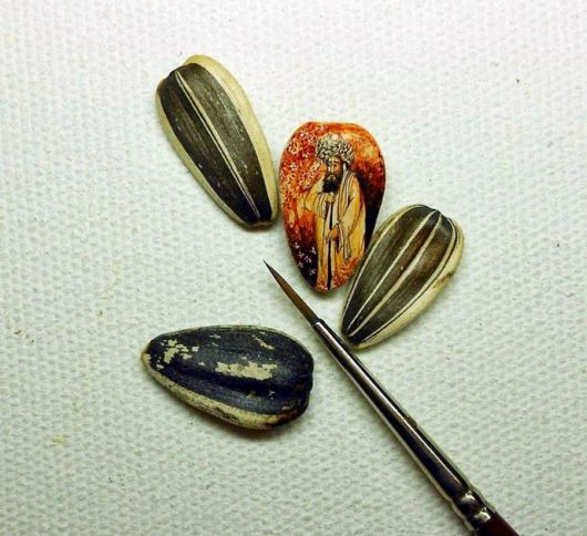 Stunning Paintings On Micro Objects By Hasan Kale