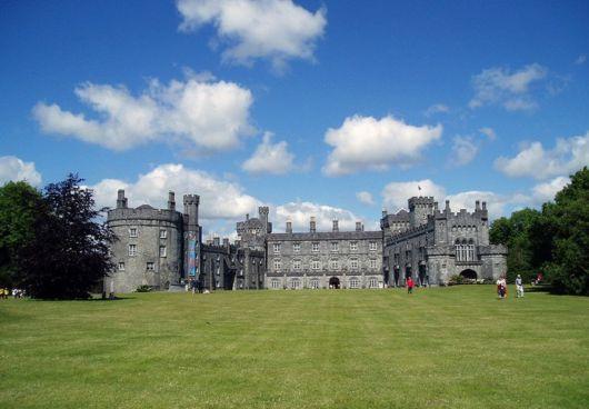 10 Beautiful Medieval Castles