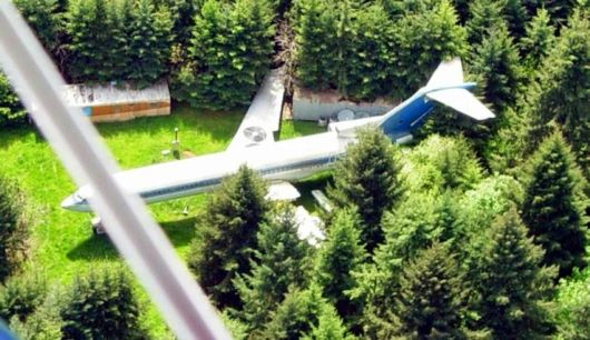 A Retired Boeing 727 Turned Into A Sweet Home