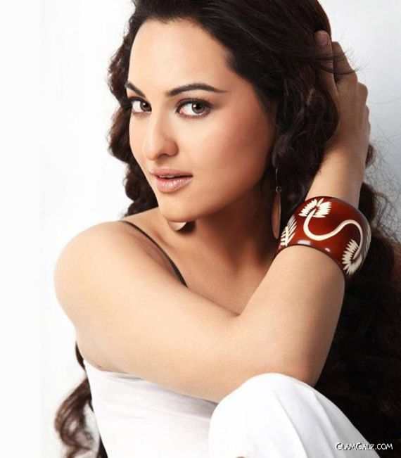 Sonakshi Sinha's Latest Unseen Pictures
