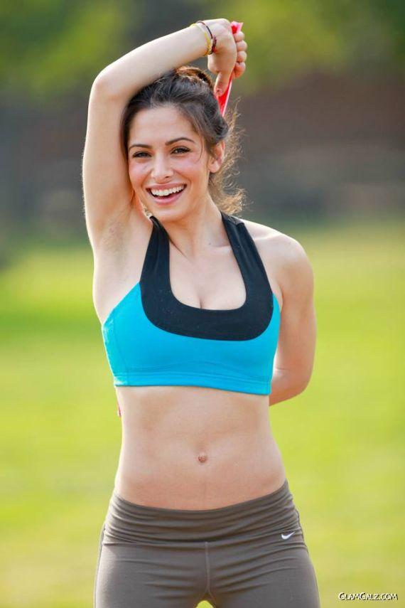 Perfect Fit Sarah Shahi Workout