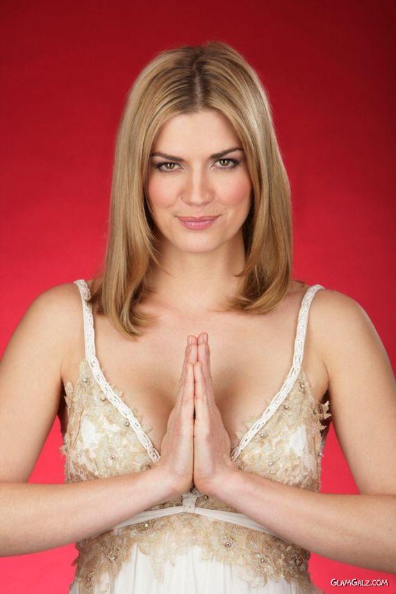 Face Of The Month: Nina Bott