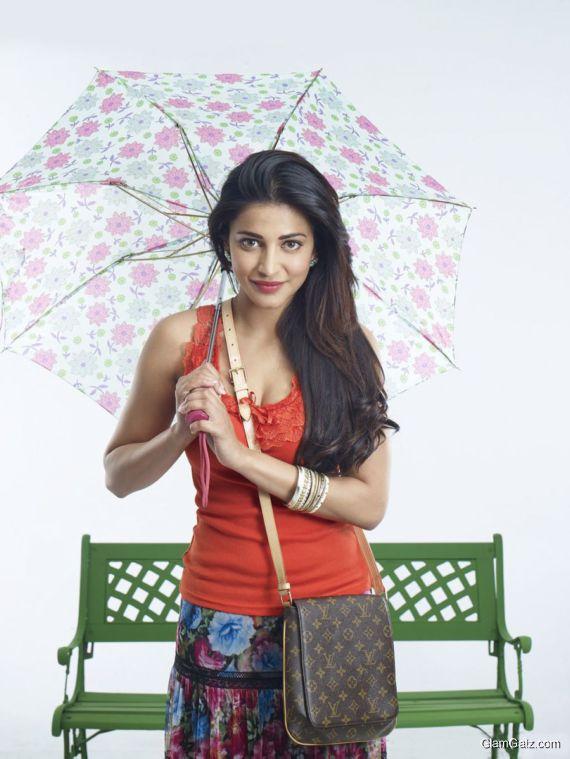 Shruti Haasan Poojai Movie Stills