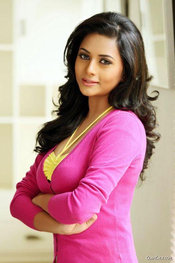 Indian Actress And Model Suza Kumar