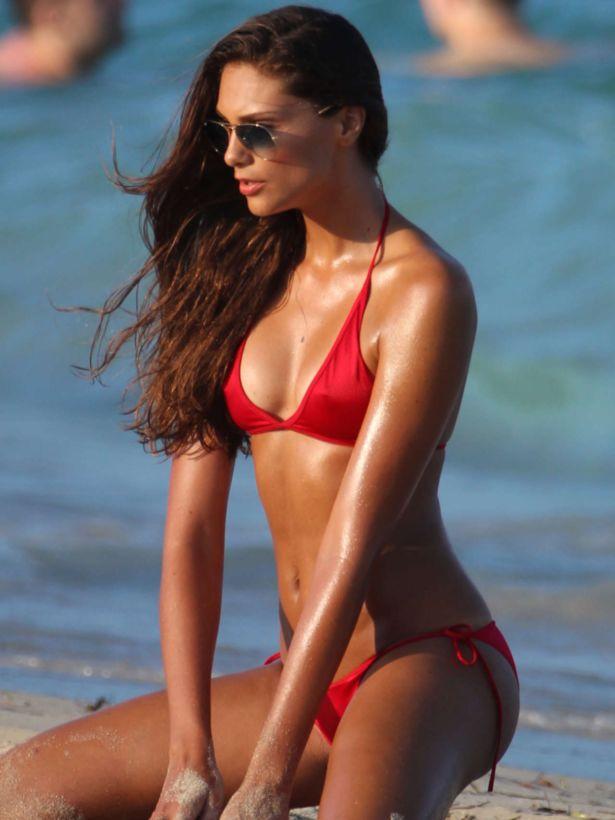Fernanda Uesler Photoshoot On Miami Beach