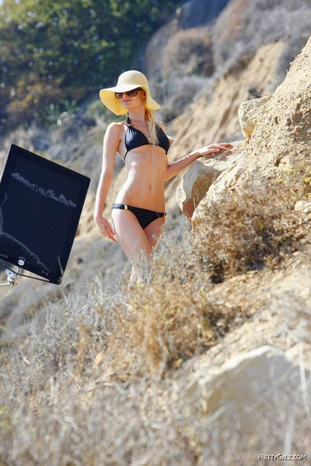 Paris Hilton Exclusive Photoshoot Candids