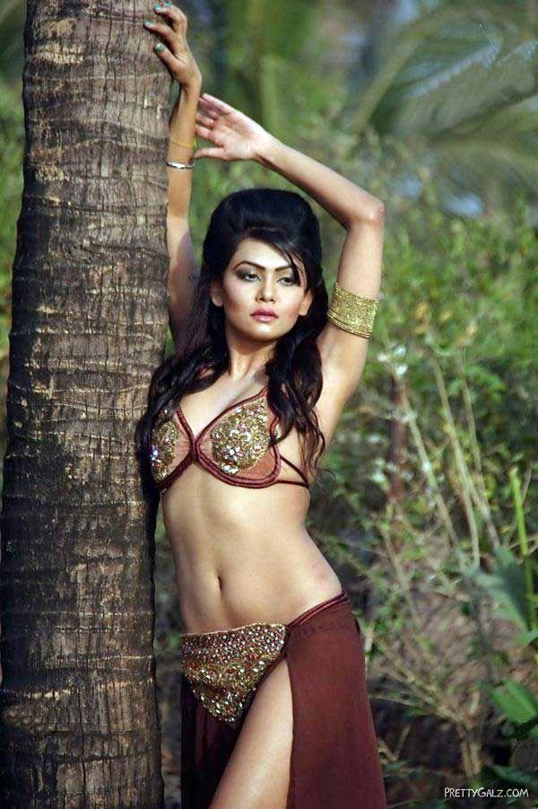 Spicy Sakshi Pradhan Photoshoot