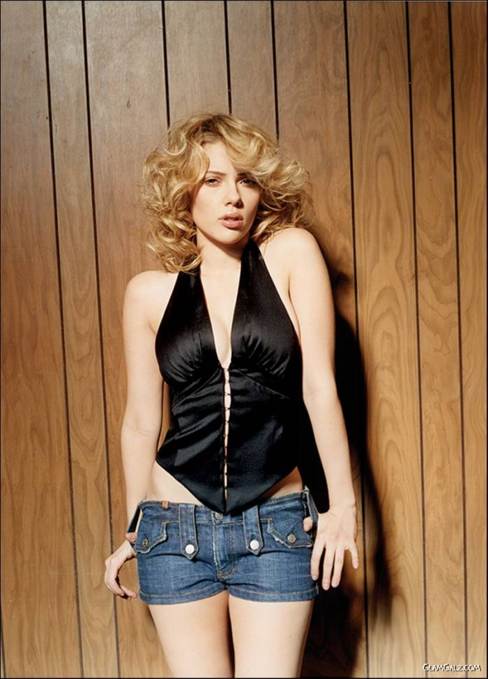 Scarlett Johansson For Exclusive Esquire Shoot